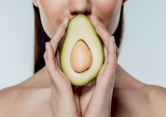Amazing foods that complement your skin
